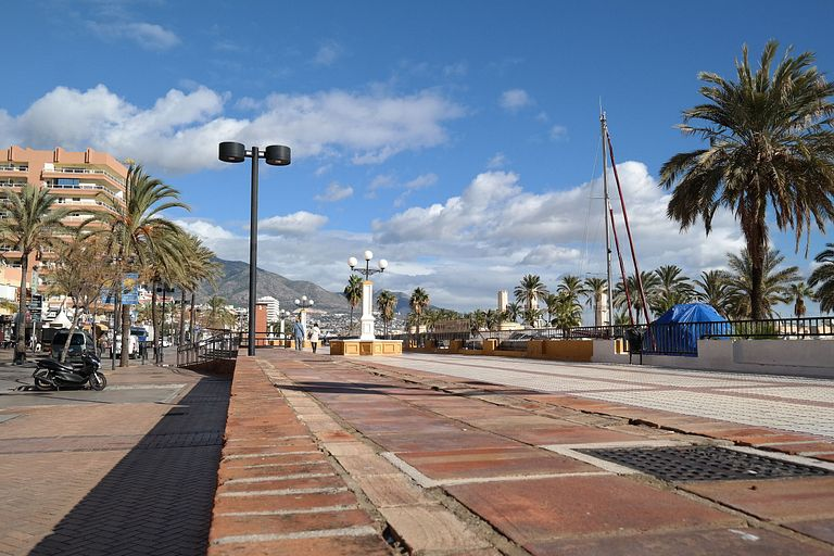 Holiday Home centre Fuengirola with sea and mountain view