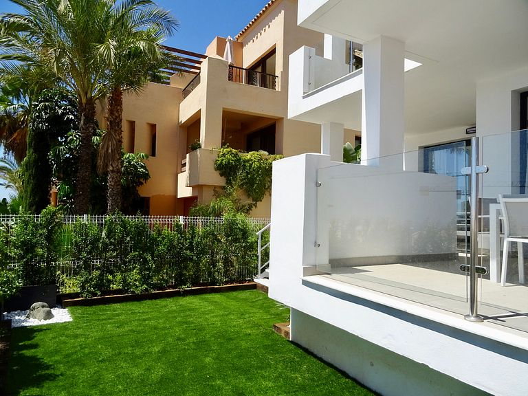 Holiday vacation home in Benalmadena bwith padel and pool