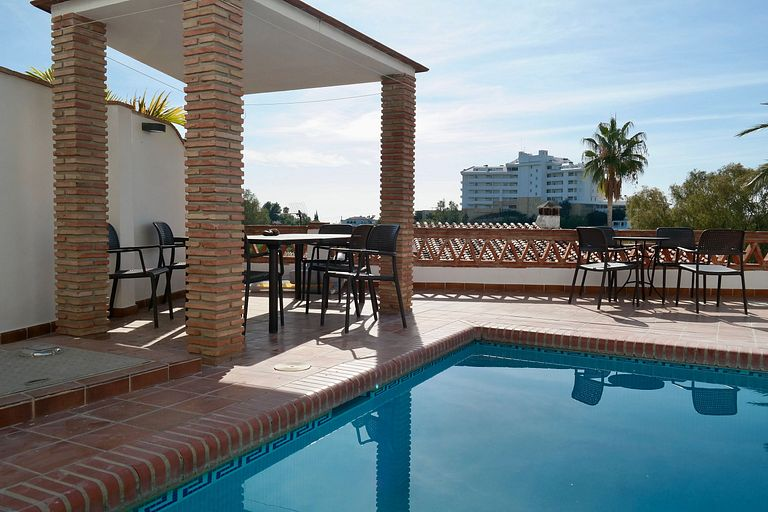 Private pool apartment in Torreblanca, Fuengirola holidays